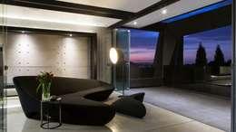 modern Corridor, hallway & stairs by Nico Van Der Meulen Architects