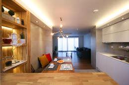 은은하고 심플한 럭셔리 하우스_31py: 홍예디자인의  주방