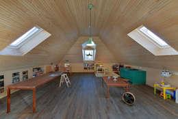 moderne Studeerkamer/kantoor door Ricardo Moreno Arquitectos