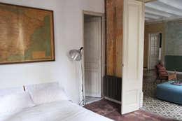 Dormitorios de estilo clásico de homify