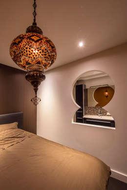 Dormitorios de estilo asiático por Medie Interieurarchitectuur