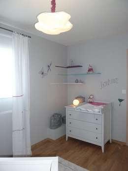 Chambre d'Enfant: Chambre d'enfant de style de style Moderne par CTD Créactive Déco
