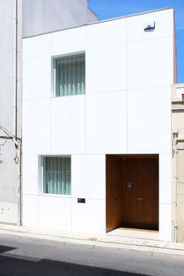 Rumah by PFS-arquitectura