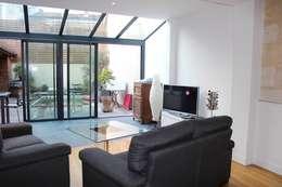 APRES TRAVAUX: Terrasse de style  par SAS ACCTIF DESIGN