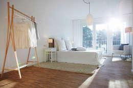 modern Bedroom by Home Staging Bavaria