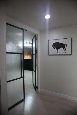 Окна в . Автор – dall & style