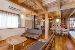Projekty,  Salon zaprojektowane przez shu建築設計事務所