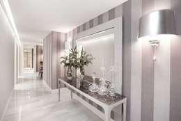 Corridor & hallway by INEDIT INTERIORISTAS