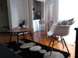 Homestaging - meubler un studio:  de style  par Insides