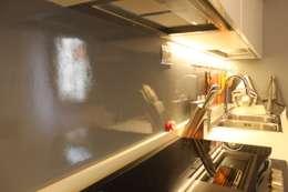 OGARREDO: modern tarz Mutfak