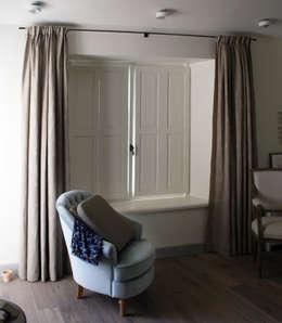 Innenfensterläden: landhausstil Fenster & Tür von Möbelwerkstatt Cadot