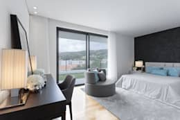 modern Bedroom by CASA MARQUES INTERIORES