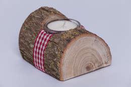 Hogar de estilo  por Woods - Holzdekoration & mehr