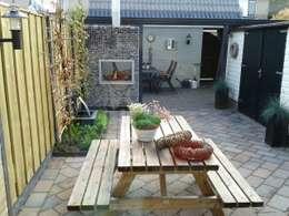 Jardines de estilo moderno por Gardeco