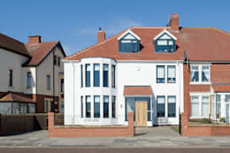 Projekty, nowoczesne Domy zaprojektowane przez xsite architecture LLP