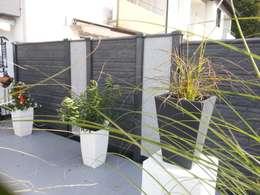 Jardines de estilo moderno por Morganland