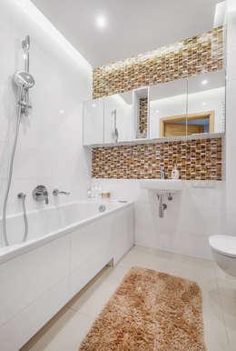 modern Bathroom by Lidia Sarad
