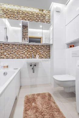 Realizacja projektu fragmentu mieszkania 30 m2 w Krakowie: styl , w kategorii Łazienka zaprojektowany przez Lidia Sarad