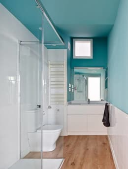 minimalistic Bathroom by Vallribera Arquitectes