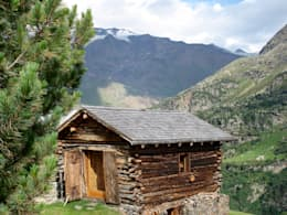 Projekty, wiejskie Domy zaprojektowane przez Studio Zazzi