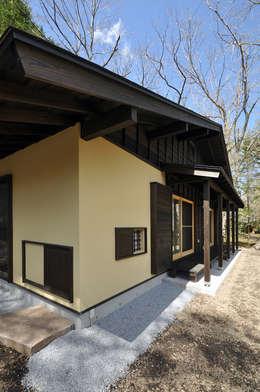 モリモトアトリエ / morimoto atelier: modern tarz Evler