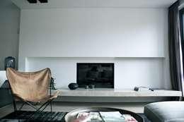 Projekty,  Salon zaprojektowane przez Woborsky interiors