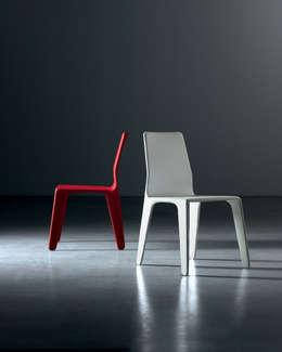 Pelle: 10 sedie per l\'area living