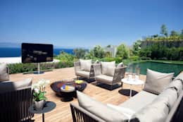 Balconies, verandas & terraces  by GlammFire