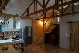 Дома в . Автор – studio13