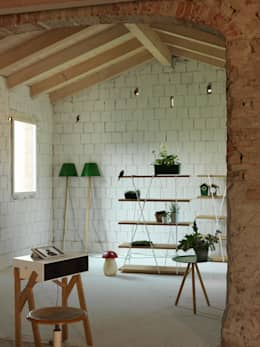 MATASSA - Miniforms: Soggiorno in stile in stile Moderno di LUIGI SEMERARO design