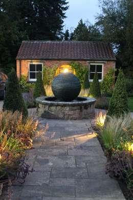 Bestall & Co Landscape Design Ltd의  정원