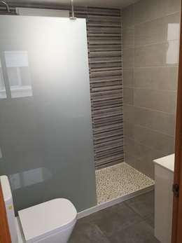INTERMOBLE COCINAS의  화장실