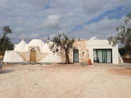 Casas  por architetto Lorella Casola