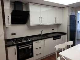 Erim Mobilya  - Mutfak Dolabı: modern tarz Mutfak