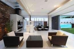 Casa Devoto: Jardines de estilo moderno por Remy Arquitectos