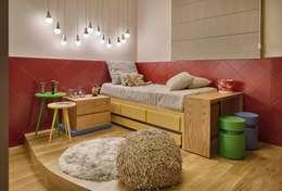 modern Nursery/kid's room by Lider Interiores