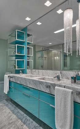 modern Bathroom by Isabela Canaan Arquitetos e Associados