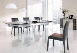 Ideas de decoración para interiores: Comedores de estilo moderno por HOLACASA