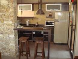 Nhà bếp by Arquitecto Oscar Alvarez