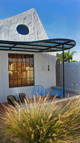 Rumah by Juan Carlos Loyo Arquitectura