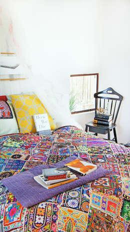 modern Bedroom by Juan Carlos Loyo Arquitectura