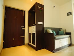 Mr Siddhart Shandilya:  Corridor & hallway by Ambiance Design Studio