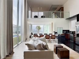 غرفة المعيشة تنفيذ Márcia Carvalhaes Arquitetura LTDA.