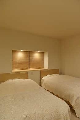 modern Bedroom by 川口孝男建築設計事務所