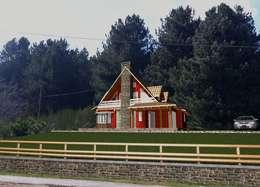 rustic Houses by Architetto Giovanni Marra Studio di Progettazione Integrata