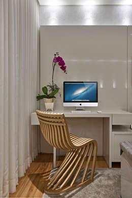 غرفة نوم تنفيذ Isabela Canaan Arquitetos e Associados