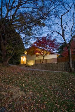 Projekty, nowoczesne Domy zaprojektowane przez Nobuyoshi Hayashi