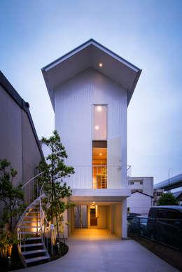 Casas de estilo moderno por Nobuyoshi Hayashi