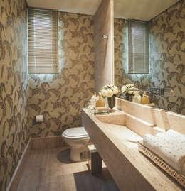 Phòng tắm by Rosangela C Brandão Interiores