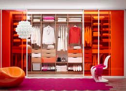 eclectic Dressing room by Elfa Deutschland GmbH